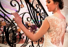 Bride-by-Staircase2